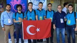 Fizik Olimpiyat Milli Takımı'nda Yer Alan Nilüfer İmkb Fen Lisesi Öğrencimizden Dünya Fizik Olimpiyatları'nda Gümüş Madalya