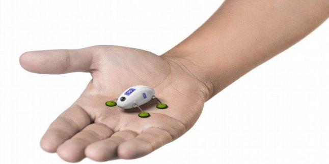 Rolls-Royce, Uçakların Bakımı ve Tamiri İçin Kullanılacak Böcek Robotlarını Tanıttı