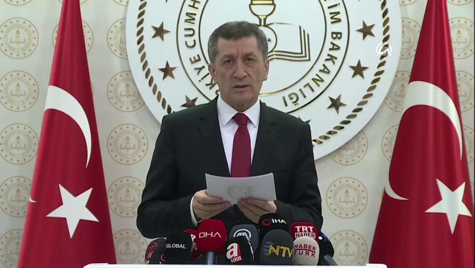 Photo of Milli Eğitim Bakanı Ziya SELÇUK'un Tatil ve Uzaktan Eğitim Açıklamaları