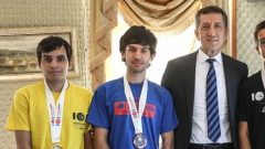 Bakan Selçuk, Türkiye'nin Bilgisayar Olimpiyat Şampiyonlarıyla Buluştu.